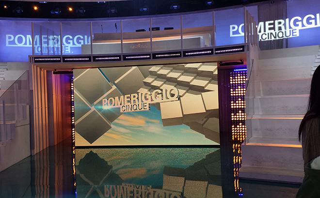 """DIETRO LE QUINTE: POMERIGGIO CINQUE, BARBARA D'URSO E IL DRAMMA """"ESCLUSIVO"""" - REPORTAGE DAL NOSTRO INVIATO SPECIALE GIUTV pomeriggiocinque2015"""