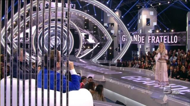 LE RECENSIONI DI BUBINOBLOG:<br> GRANDE FRATELLO 2015 <br>IL GF DELLE ATTESE (A CURA DI GIULIO)
