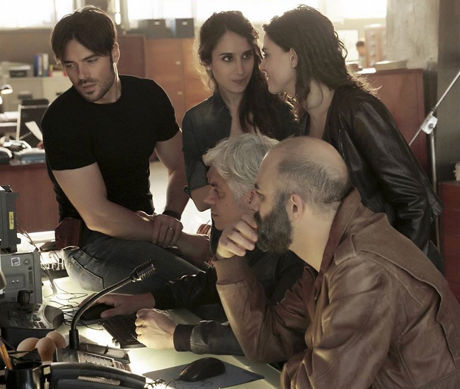 FICTION CLUB: SQUADRA ANTIMAFIA 8 SETTIMA PUNTATA IN PRIMA ASSOLUTA SU CANALE 5 CON DANIELA MARRA, GIULIO BERRUTI, ENNIO FANTASTICHINI E PAOLO PIEROBON
