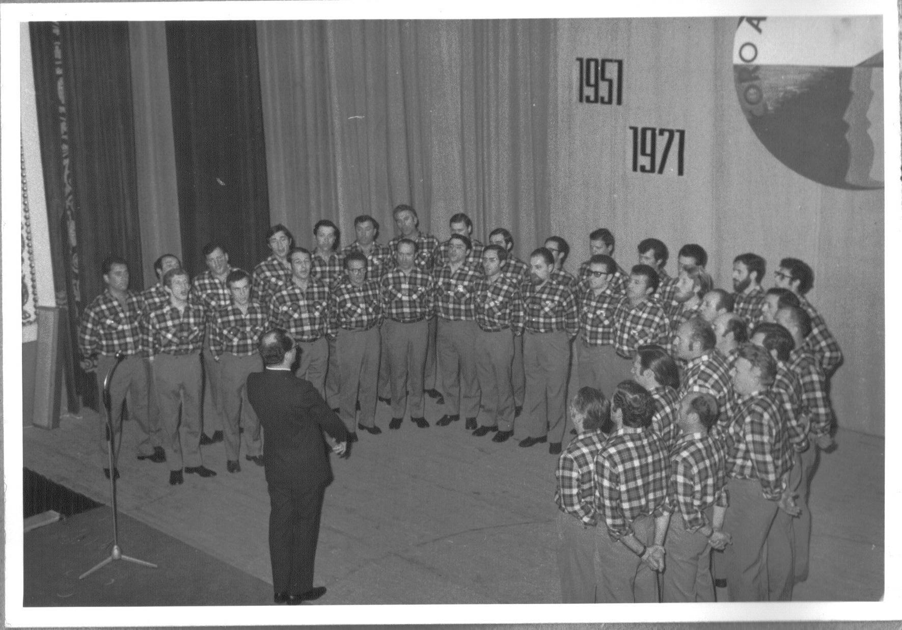 LA STORIA DEL FESTIVAL DI SANREMO 1971 21° EDIZIONE. LA FINE DI UN'ERA. L'INIZIO DELLA CRISI. IL CASO DALLA (a cura di Sante Longo)
