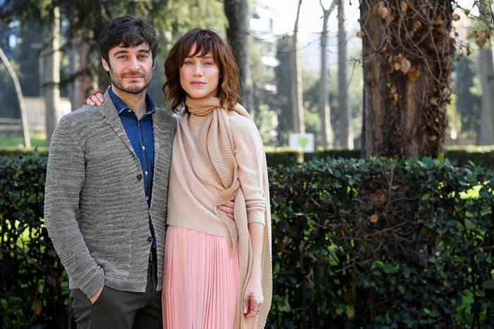 SPECIALE FICTIONERÒ LA PORTA ROSSA PRIMA PUNTATA SU RAIDUE