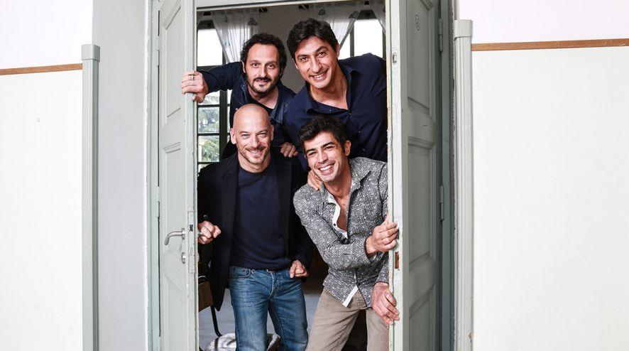 AMORE PENSACI TU PRIMA PUNTATA CANALE 5 EMILIO SOLFRIZZI
