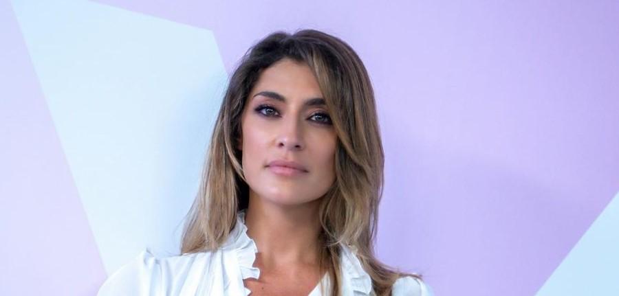"""ELISA ISOARDI E IL FUTURO: """"LA TELEVISIONE GENTILE, VERA, LA GENTE A CASA NON LA IMBROGLI"""""""