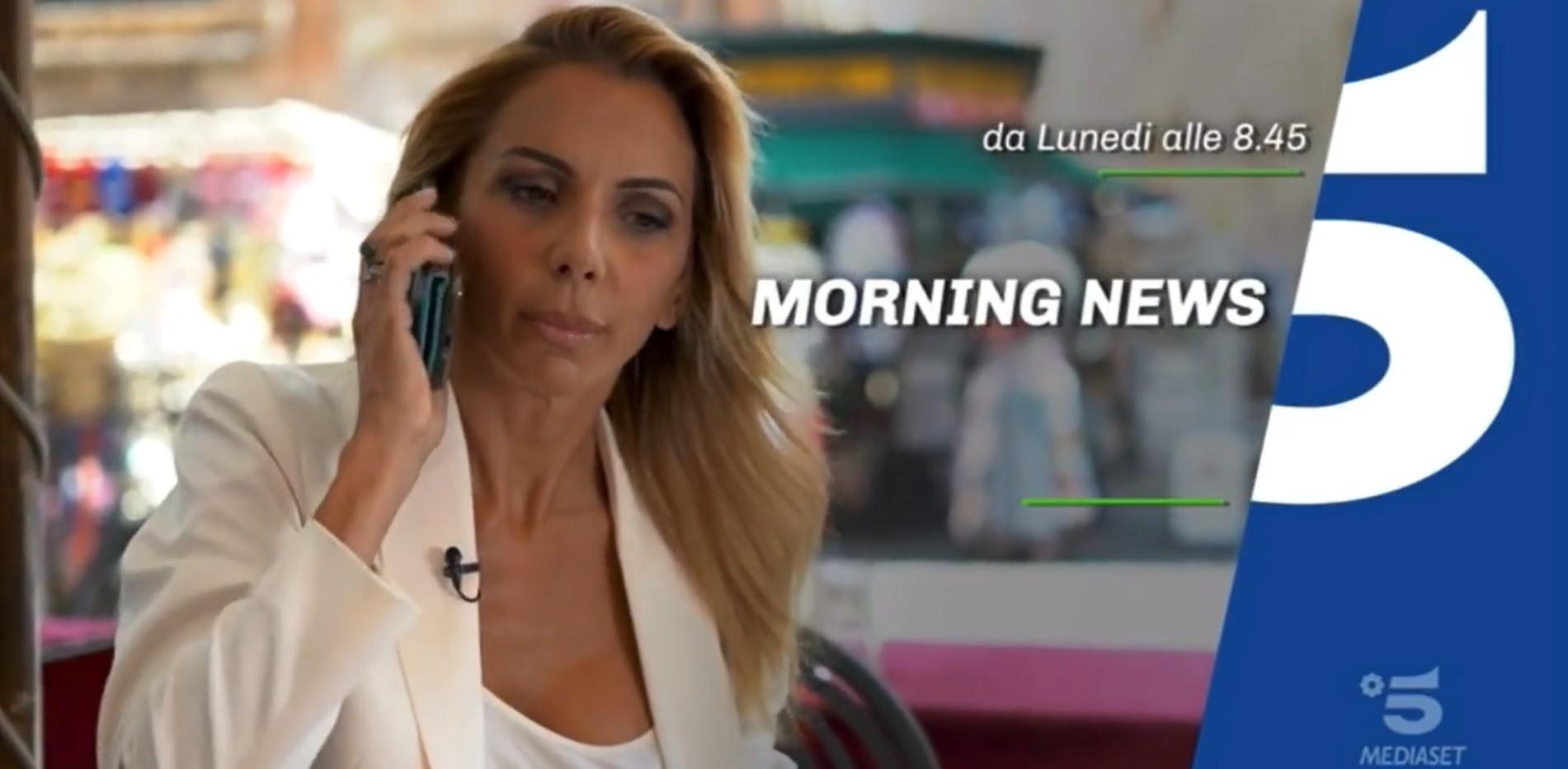 Morning News, alla prima puntata è subito gaffe: ripresa dalla conduttrice